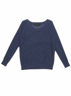 Quinn Mila Cashmere Pullover | $300  Available at quinnshop.com  #cashmere #sweater #fall #fashion #quinnshop #cozy #luxe