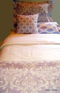 lavender and white damask teen bedding