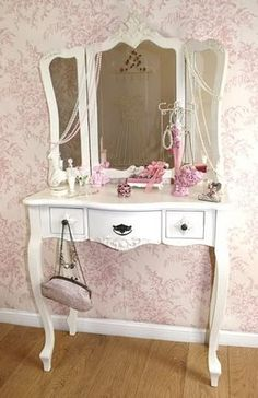 Cute dressing table