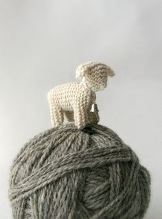 Knitted little lamb!