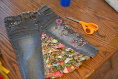 Ruffled skirt made from a pair of jeans My daughters would love this creation!!