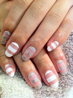 White simple nail art