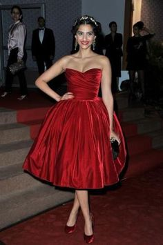 Sonam Kapoor in Dolce & Gabbana dress at the Cannes closing ceremony.