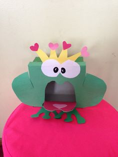 Frog prince valentines day box