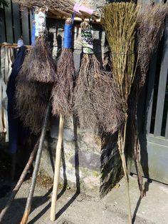 handmade brooms by wita wanons VIA ZANELLA MARKET 5.05.13