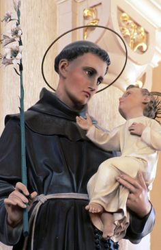 What every Catholic needs to know about saints — Our friends in high places