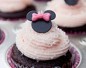 MIni MInnie Mouse Cupcake Fondant Toppers-soo cute and simple even I could do it.