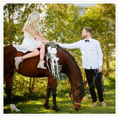 horse riding engagement session