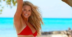 Christie Brinkley Is Fighting Ageism in New SI Feature