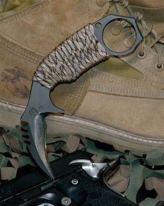 Medford Knife & Tool••MKT Karambit (different knife each christmas for MH?)