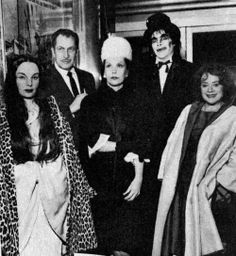 1964: Carroll Borland, Vincent Price, Maila Nurmi (Vampira), Horror host Jeepers Creepers, Elsa Lanchester( the bride of Frankenstein.)
