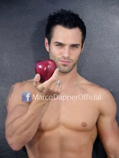 Marco Dapper as #ChristianGrey ?!? Thx for the tip @The_Mr_Grey! ;)