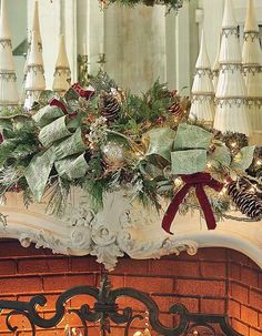 The answer for instant cheer on doors, mantels, staircases, and tabletops.