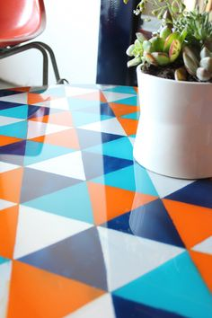 tafel_Kara Paslay decor, tabl top, paint table top, idea, crafti, glasses, glass tabletop, paint glass, diy