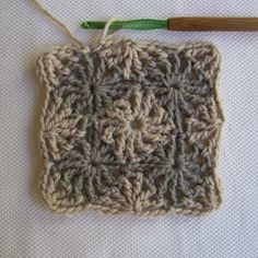 CrochetDad's Wheel Stitch Block Tutorial - Fourth Round