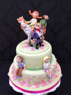 Pippi Longstocking Cake and all her friends!