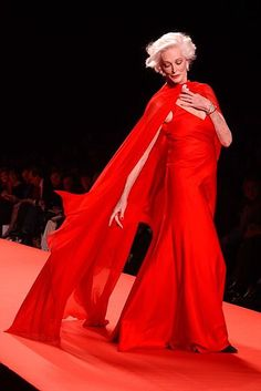 """Now THIS is a way to deal with the """"Age of Invisibility""""!  Carmen Dell'Orefice"""