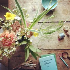 tea and flowers, by 5ft inf #lifeinstyle #greenwithenvy