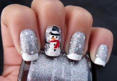 The Funky Fashionista:   Holly Jolly Holiday Nails  LOVE IT !!!!!