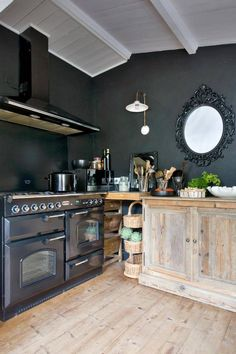 Cuisine on pinterest falcons vintage food and ikea - Cuisine gris anthracite ...