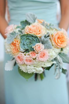 Calling all beach #brides - this wedding #bouquet is for YOU!