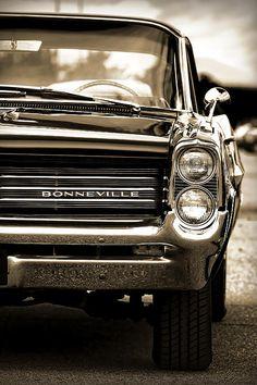 1964 Pontiac Bonneville - by Gordon Dean II