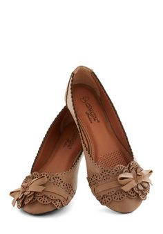A Tribute to Archi-texture Flat in Cocoa, #ModCloth Wonder if these are work comfortable... fashion, fanci flat, cloth, style, vintage flats, cocoa, ador flat, shoe, architextur flat