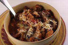 crock pots, slow cooking, slow cooker chicken, slow cooker recipes, chicken chili, chicken thighs, crock pot chicken, chili recipes, chili slow