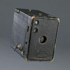 Bernice Ellis' Kodak Brownie Camera @National Museum of American History, Smithsonian