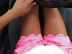 scallopped shorts, gingham, fashionista, cloth, scalloped shorts