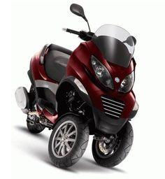 Piaggio three wheel 500 cc scooter