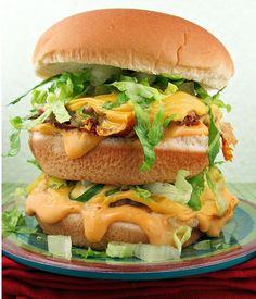 Homemade Big Mac from MyRecipeMagic.com #recipes #homemade #bigmac