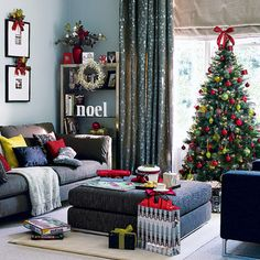 holiday, living rooms, color, christmas decorations, christma decor, christmas decorating ideas, modern christmas, picture frames, christmas trees
