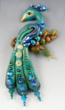 FREE tutorial by Christi Friesen on making not only this pretty peacock but a necklace to hang him from as well. PC artists are so generous!!