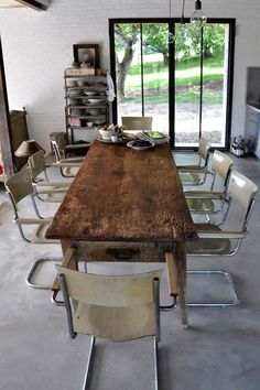 awesome reclaimed table