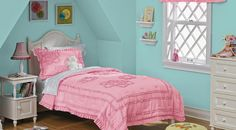 Wall color and color of comforter.
