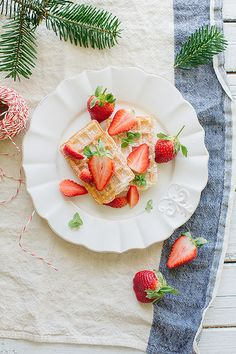 ... strawberry waffles ...