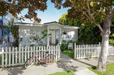 Shabby Chic's Rachel Ashwell Buys Cottage Near Venice Beach - Designer Digs - Curbed National