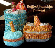 ruffled fabric pumpkins tutorial