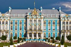 Catherine Palace, Russia    The palace was quite impressive with its size, powerful spatial dynamics and picturesque decoration in the style of the Russian Baroque.
