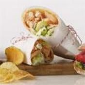 BUFFALO CHICKEN & BLUE CHEESE WRAP: The great taste of buffalo chicken in a easy wrap  #chicken #cheese