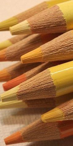Yellow/orange yellow