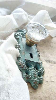 Vintage Crystal Door Knob - I like the antique but still glamorous look. And the color.