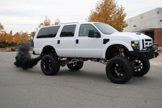 "2008 Ford Excursion   ""MKT customs"" build"