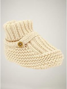 booties up to 6-12 months