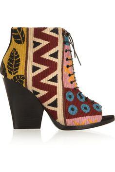 Burberry Prorsum|Wool-blend tapestry boots|NET-A-PORTER.COM tapestri bootsnetaportercom, prorsumwoolblend tapestri