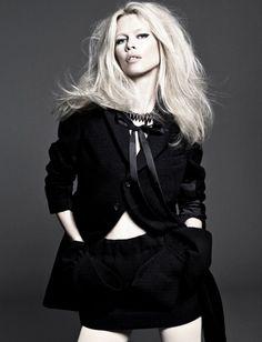 German super model claudia shiffer. #model #supermodel