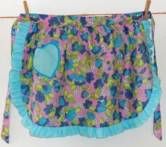 Vintage 1950s cotton apron / pinny in pinks, blues and light greens