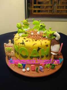 Shrek birthday cake