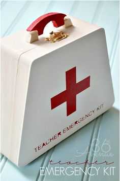 This back-to-school emergency kit is the perfect gift to show your teacher how much you care!